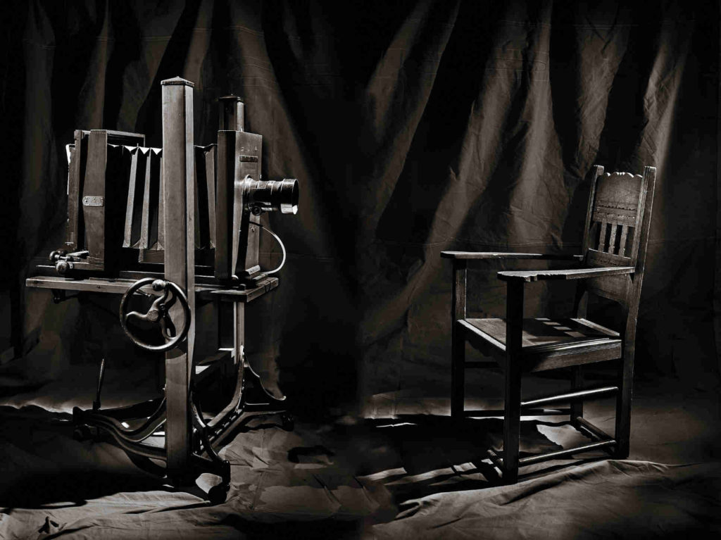 Old Studio - Wet Plate Portraits with Thilo Nass